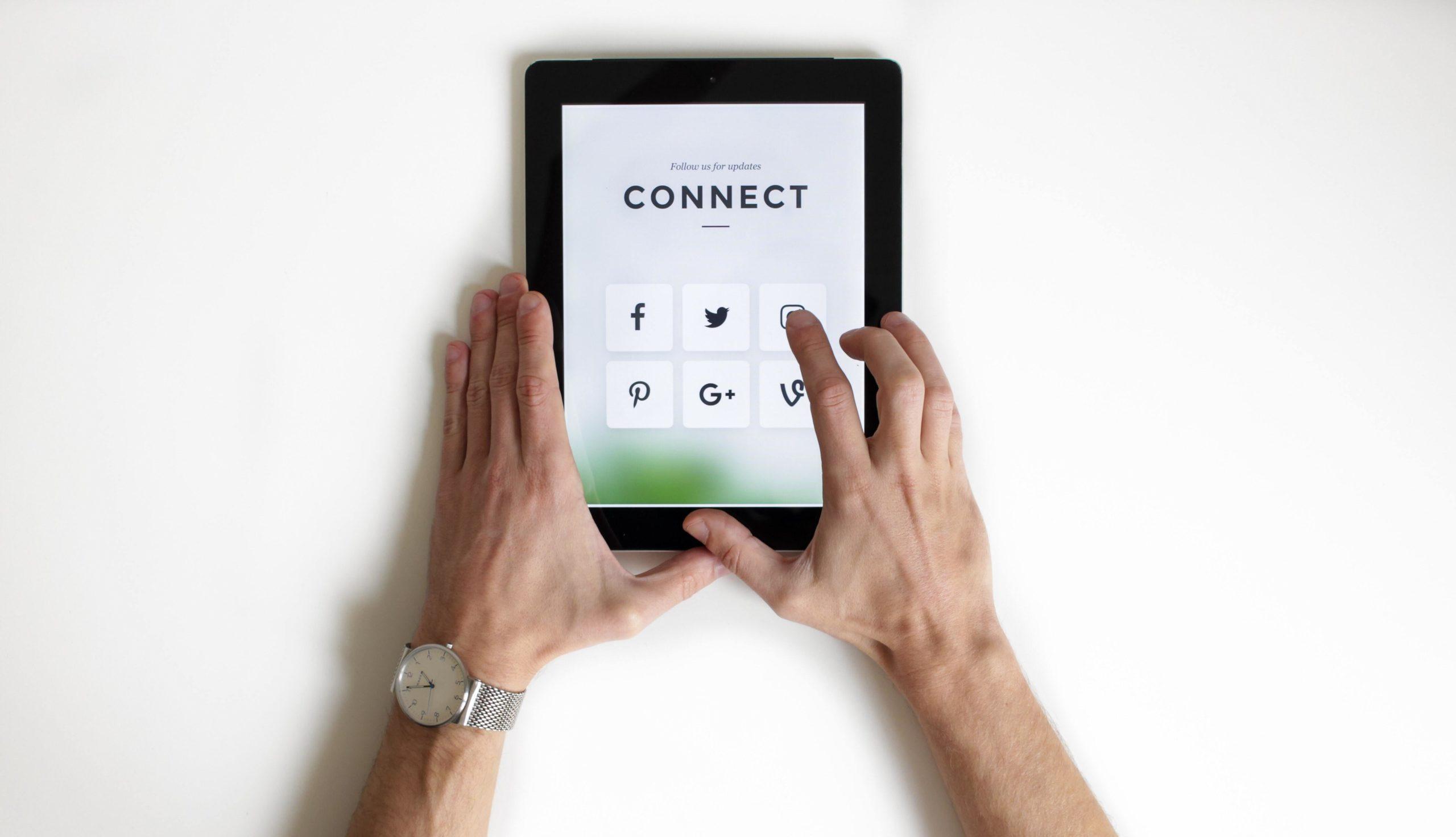 Plateforme_réseaux_sociaux_entreprise